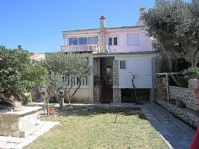 Apartmani ANY Pag (063) 3